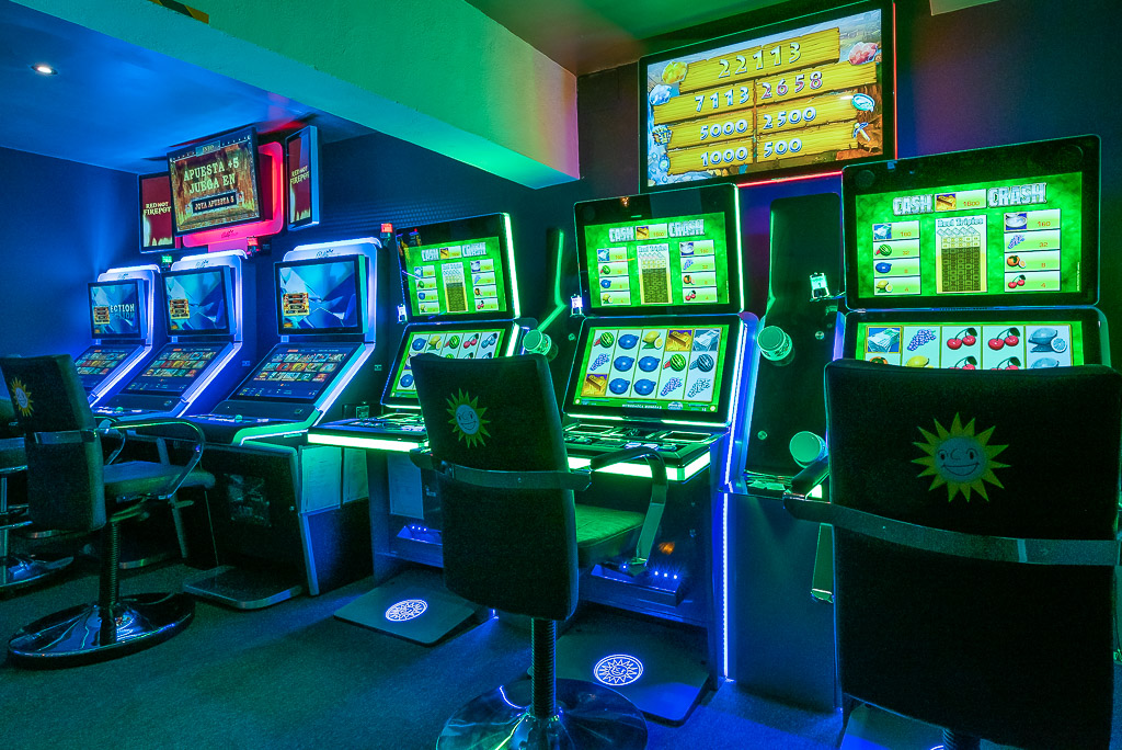 salón de juegos puerto de alcudia